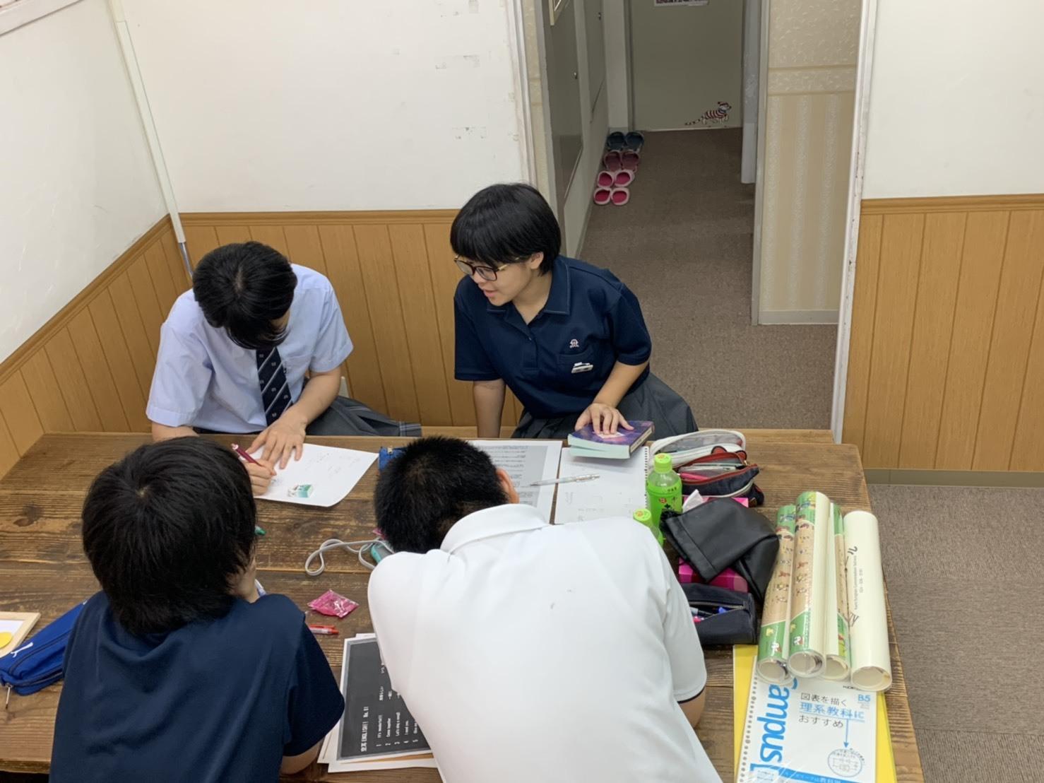 『Career Day(職業体験)☆彡』_c0345439_18394611.jpg