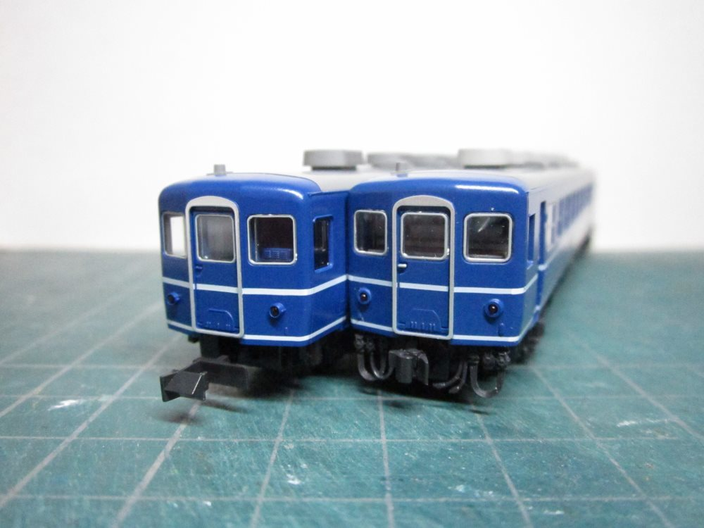 KATO EF65-1000前期形&12系急行形客車 国鉄仕様 入線の続き_e0120143_15034972.jpg