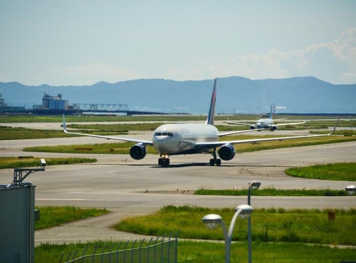 関西国際空港へ  2019-09-08 00:00  _b0093754_21383355.jpg