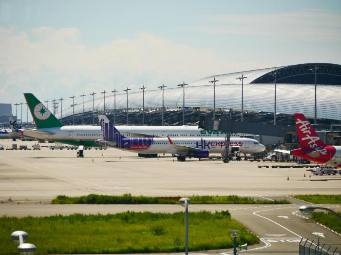 関西国際空港へ  2019-09-08 00:00  _b0093754_21394009.jpg
