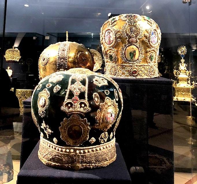 ペチェルーシク大修道院 3 歴史博物館@キエフ_a0092659_22573771.jpg