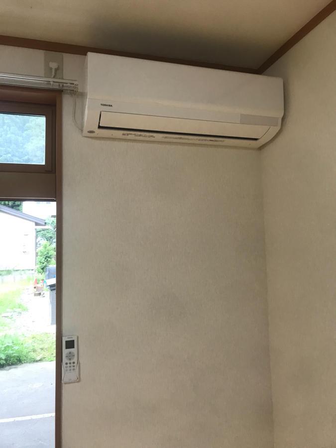 当店ではアパート物件のエアコン設置、テレビドアホン取替えも承っております。_a0213625_11424823.jpg