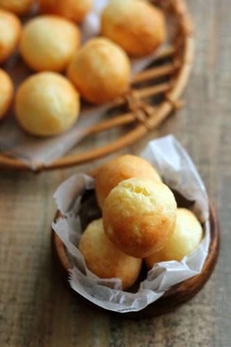 レシピ「もちもちチーズのポンデケージョ」_a0165538_09123873.jpg