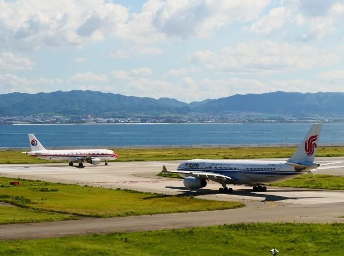 関西国際空港にて  2019-09-10 00:00  _b0093754_21094607.jpg