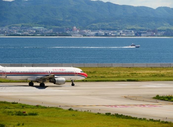 関西国際空港にて  2019-09-10 00:00  _b0093754_21095900.jpg