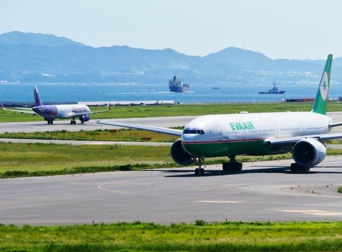 関西国際空港にて  2019-09-10 00:00  _b0093754_21112671.jpg