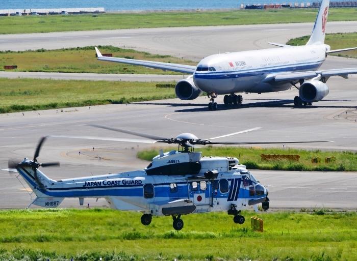 関西国際空港にて  2019-09-10 00:00  _b0093754_21123913.jpg