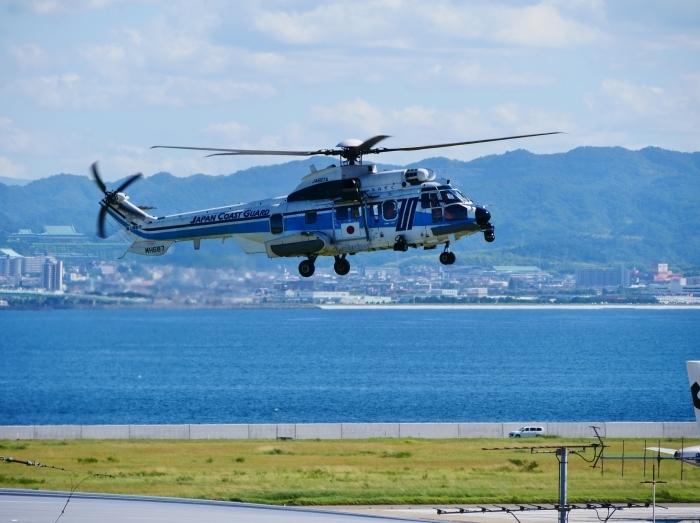 関西国際空港にて  2019-09-10 00:00  _b0093754_21125785.jpg