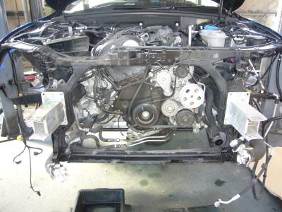 AUDI A4 エンジンオイル漏れ 整備_c0267693_18252825.jpg