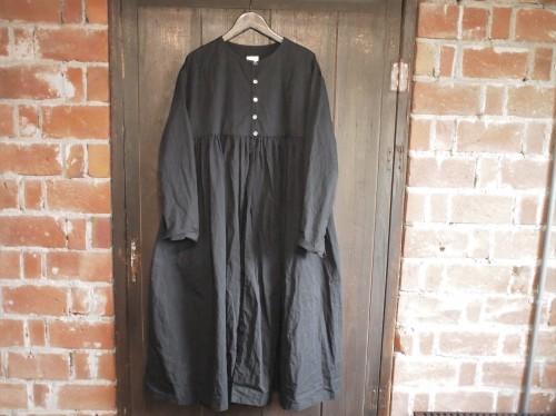 素敵な洋服の入荷…_d0228193_11082005.jpg