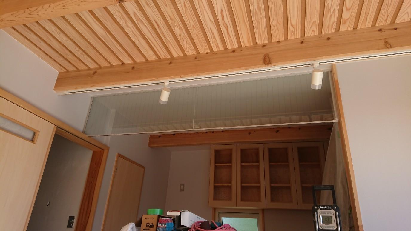 垂れ壁設置_f0150893_11013616.jpeg
