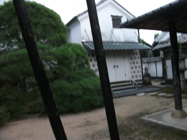 上皇后美智子さま、東大病院に入院 ・・・_b0398201_12020451.jpg