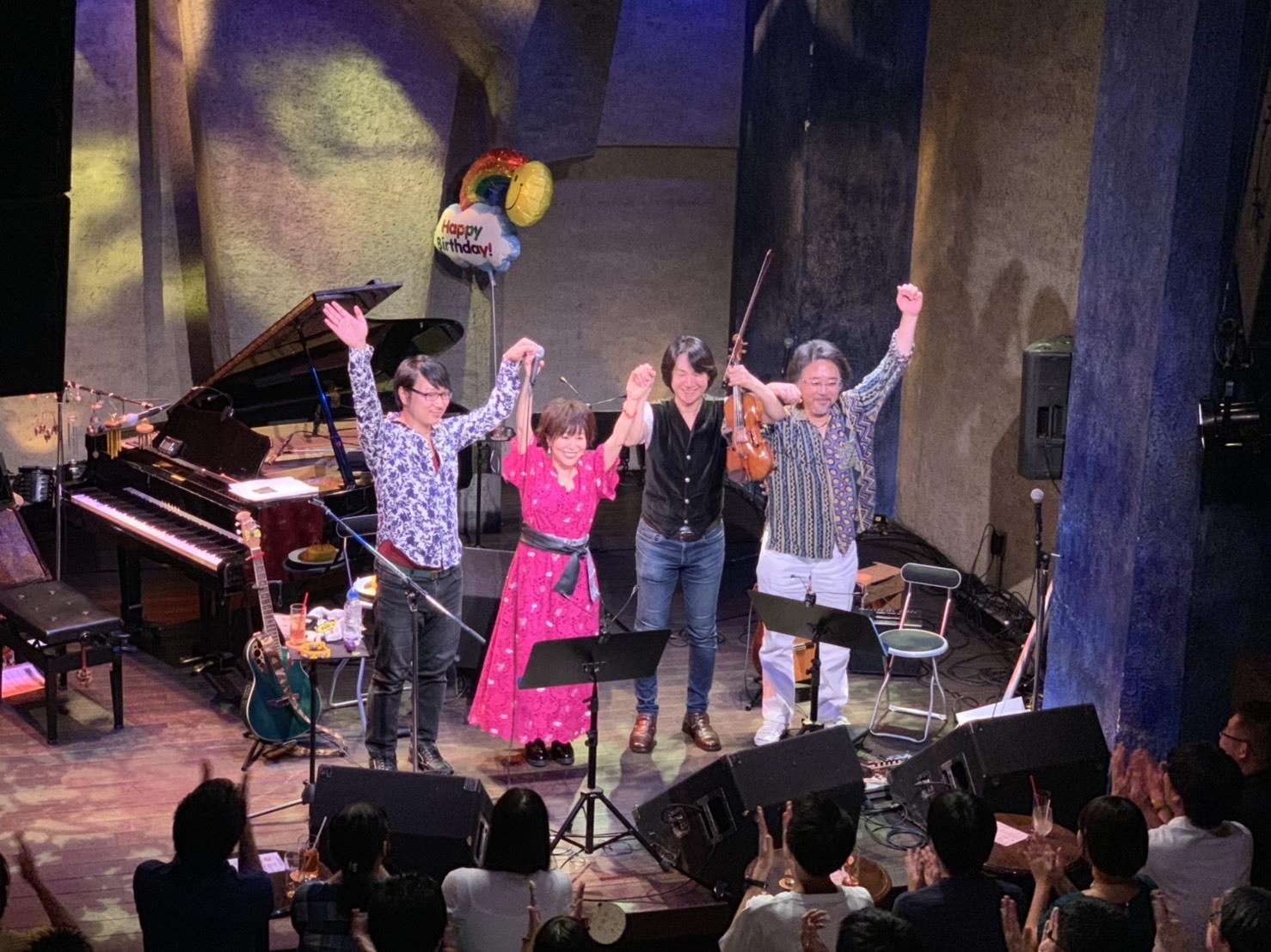 「米倉千尋 Birthday Acoustic Live 2019 〜極上バラードの夜宴〜」ありがとうメモリー🌟_a0114206_16243783.jpeg