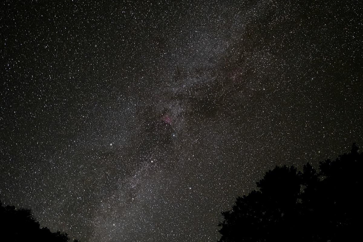 沈みゆく白鳥と還ってきたオリオン Cygnus & Orion #FUJIXT30_c0065410_22505098.jpg