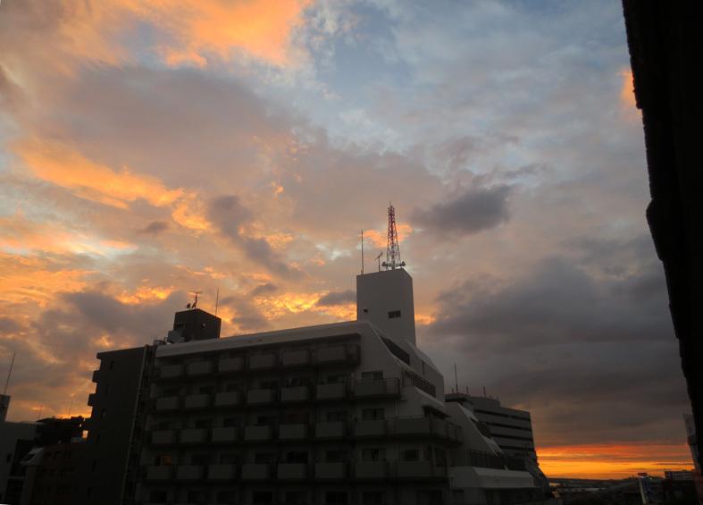 ■秋雨な日々――週替わりの夕暮れ[9/2-7]_d0190217_22324027.jpg