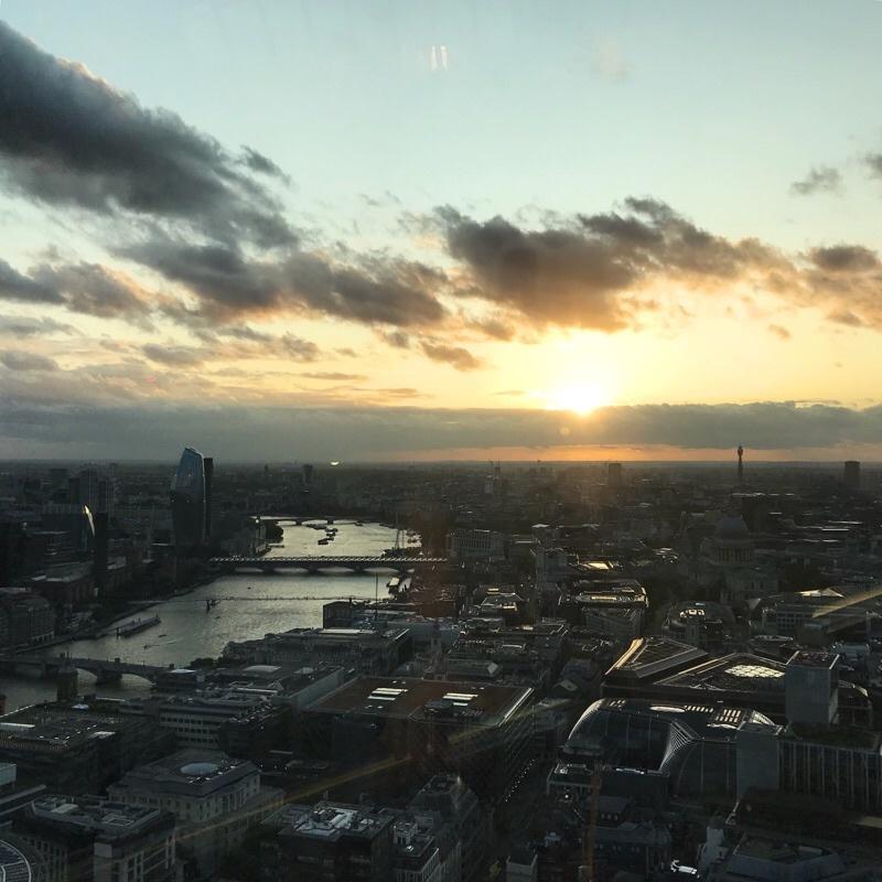 新旧ロンドンの知らない顔(イギリス買付旅2019)_e0338157_00260505.jpeg