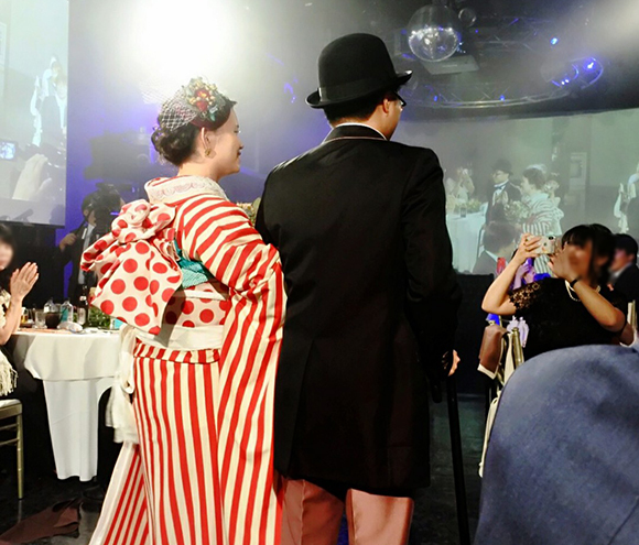 披露宴のテーマはノスタルジックポップ☆北海道より素敵なお写真が届きました!_b0098077_13341676.jpg