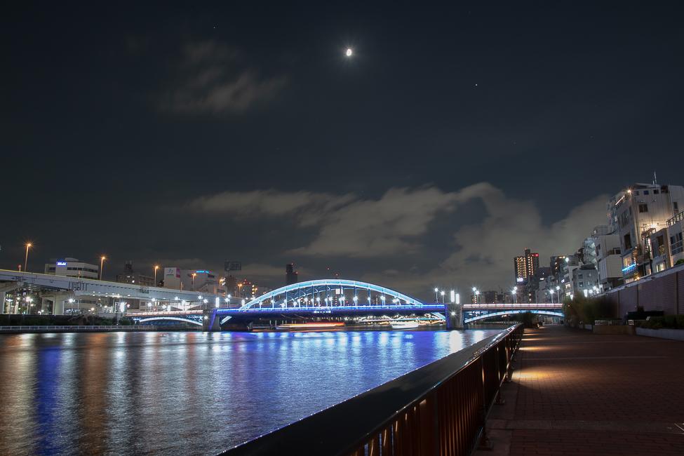 隅田川沿いを歩く_b0297977_12530637.jpg