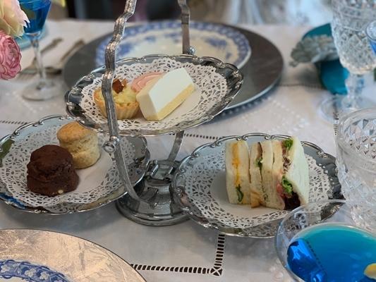 ハッとする美しき世界 アフターヌーンティーと貴族の愛したお茶編。_e0237680_16225393.jpg