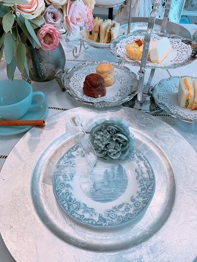 ハッとする美しき世界 アフターヌーンティーと貴族の愛したお茶編。_e0237680_16514966.jpg