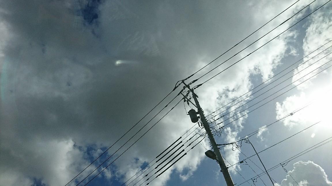 嵐の前の?_b0089492_16493054.jpg