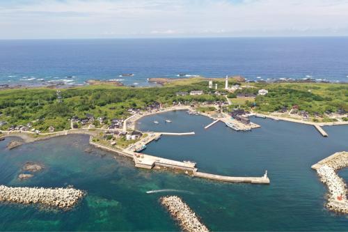 海界の村を歩く 日本海 舳倉島_d0147406_13131829.jpg