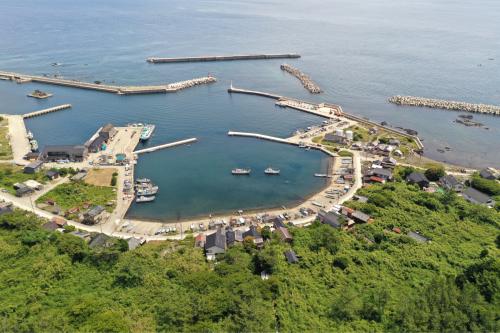 海界の村を歩く 日本海 舳倉島_d0147406_13132571.jpg