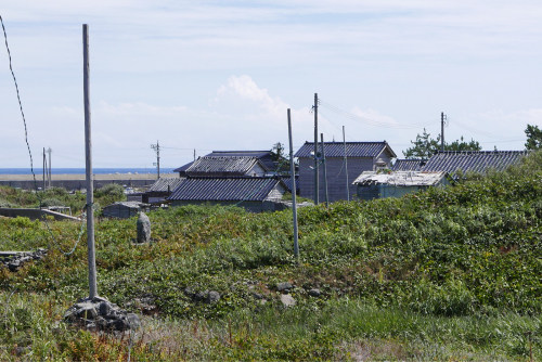 海界の村を歩く 日本海 舳倉島_d0147406_13345218.jpg