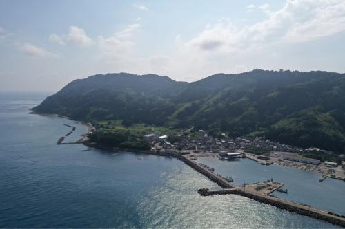 海界の村を歩く 日本海 粟島_d0147406_14454634.jpg