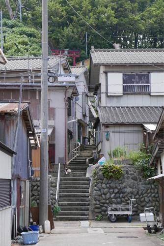 海界の村を歩く 日本海 粟島_d0147406_23130798.jpg