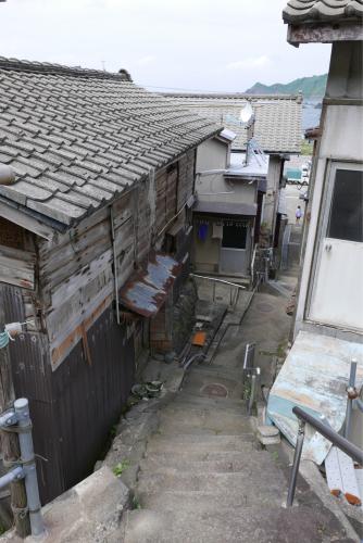 海界の村を歩く 日本海 粟島_d0147406_23154559.jpg