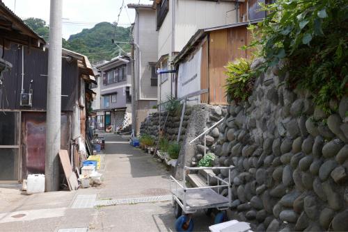 海界の村を歩く 日本海 粟島_d0147406_23155083.jpg