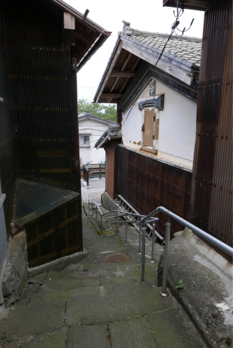 海界の村を歩く 日本海 粟島_d0147406_23155726.jpg