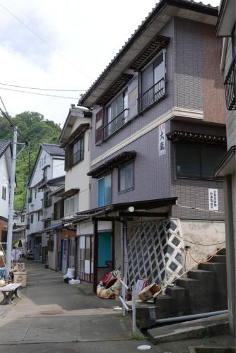 海界の村を歩く 日本海 粟島_d0147406_23174100.jpg