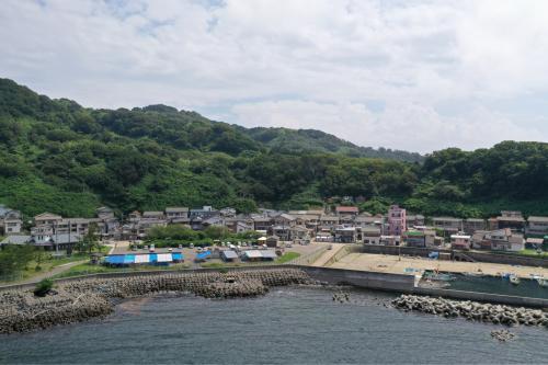 海界の村を歩く 日本海 粟島_d0147406_23195874.jpg