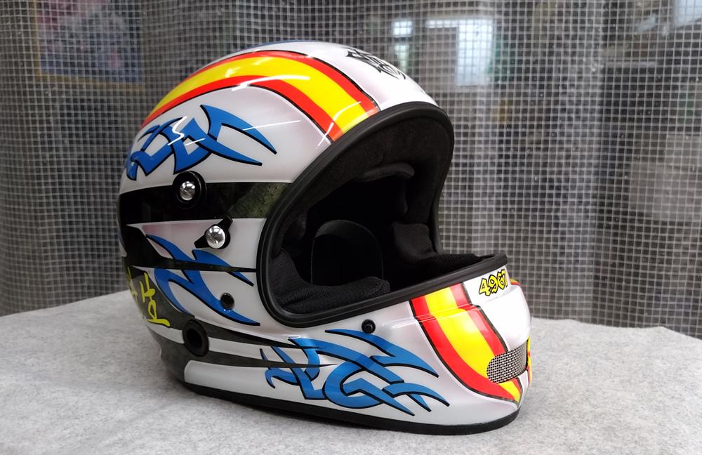 アライヘルメット謹製、競艇用のカーボンヘルメット入庫。その3、完成。_d0130115_13191055.jpg