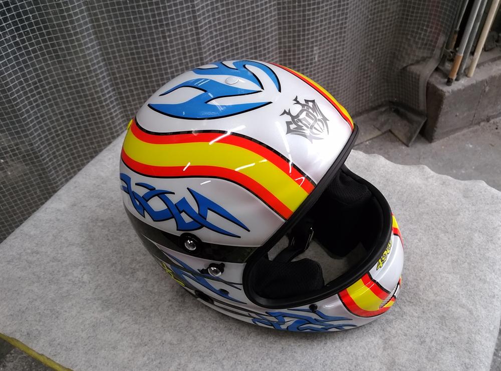 アライヘルメット謹製、競艇用のカーボンヘルメット入庫。その3、完成。_d0130115_13203118.jpg