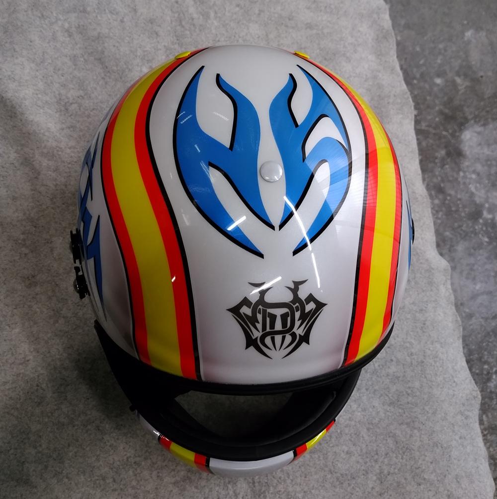アライヘルメット謹製、競艇用のカーボンヘルメット入庫。その3、完成。_d0130115_13295689.jpg