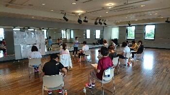 レポート★ 9/8 経絡ストレッチ けいらくビクス_d0256145_14391655.jpg