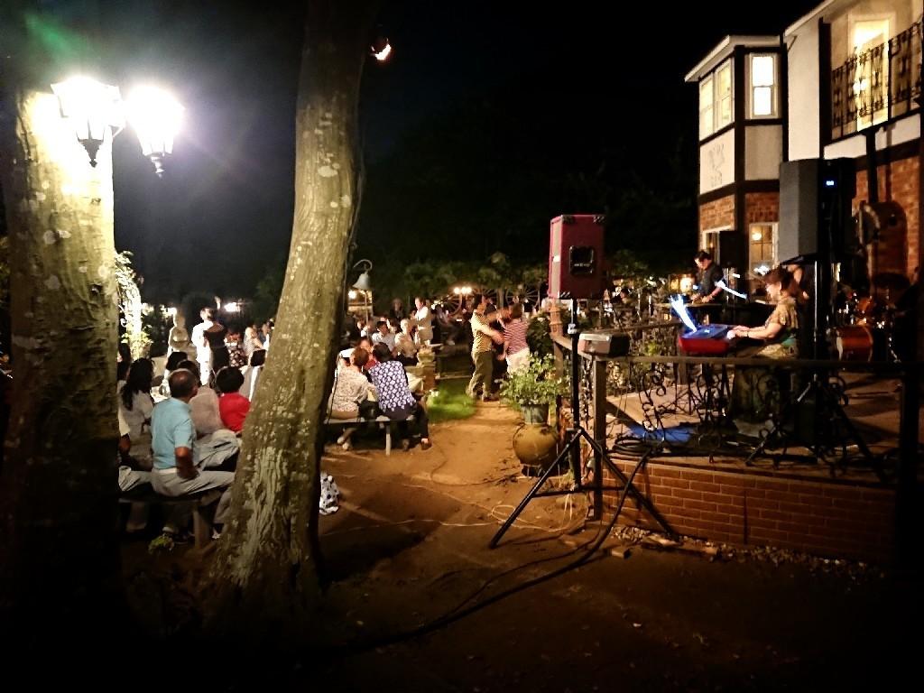 青山邸「Summer Night Jazz」_f0323446_10324761.jpg
