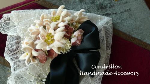 エーデルワイスとミニばら、小花のブーケ♪_d0265249_15430702.jpg