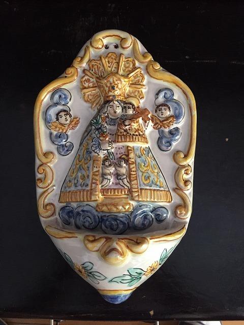 バレンシアの聖母子聖水盤_f0112550_07331709.jpg