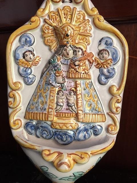 バレンシアの聖母子聖水盤_f0112550_07331791.jpg