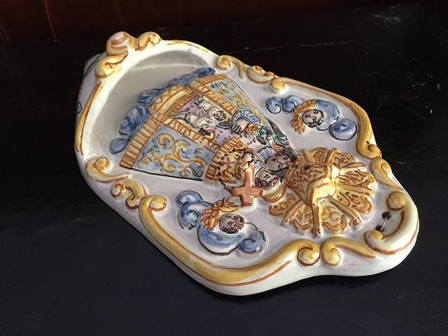 バレンシアの聖母子聖水盤_f0112550_07331816.jpg