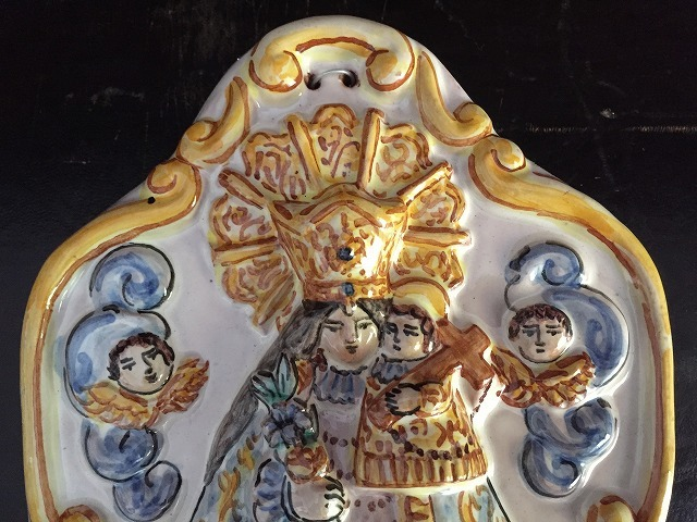 バレンシアの聖母子聖水盤_f0112550_07331873.jpg