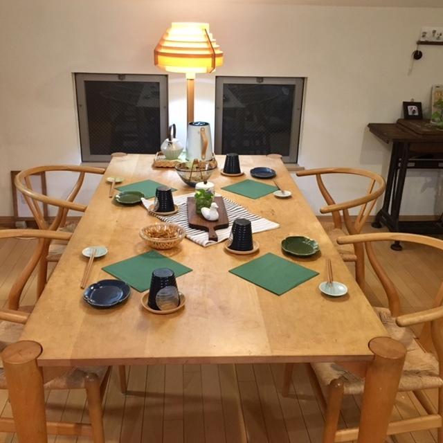 table setting    早速 グリーンペーパーを敷いて♪_a0165160_22055299.jpg