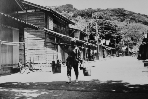 海界の村を歩く 日本海 粟島_d0147406_14575937.jpg