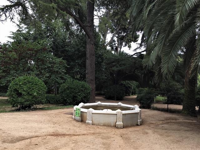 ペドラルベス宮の庭でピクニック_b0064411_07341808.jpg