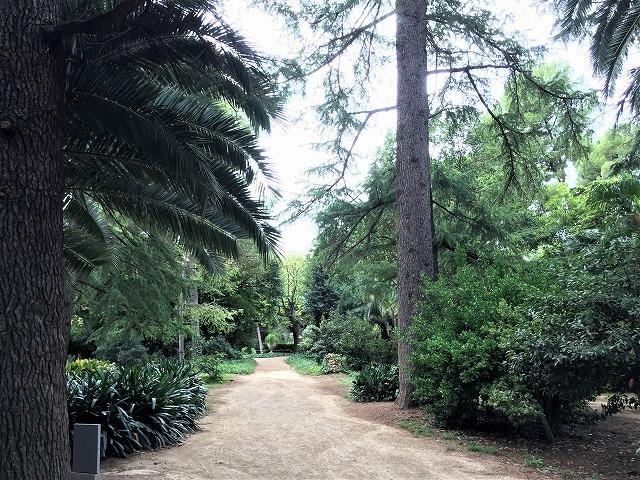 ペドラルベス宮の庭でピクニック_b0064411_07341837.jpg