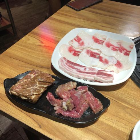 19年8月ソウル その13☆明洞で気持ちよい接客の焼肉屋さん、見つけた!_d0285416_18170276.jpg